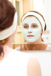 New topical clay mask for the treatment of rosacea breakouts and inflamation